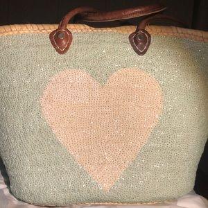 Sequined heart straw beach bag